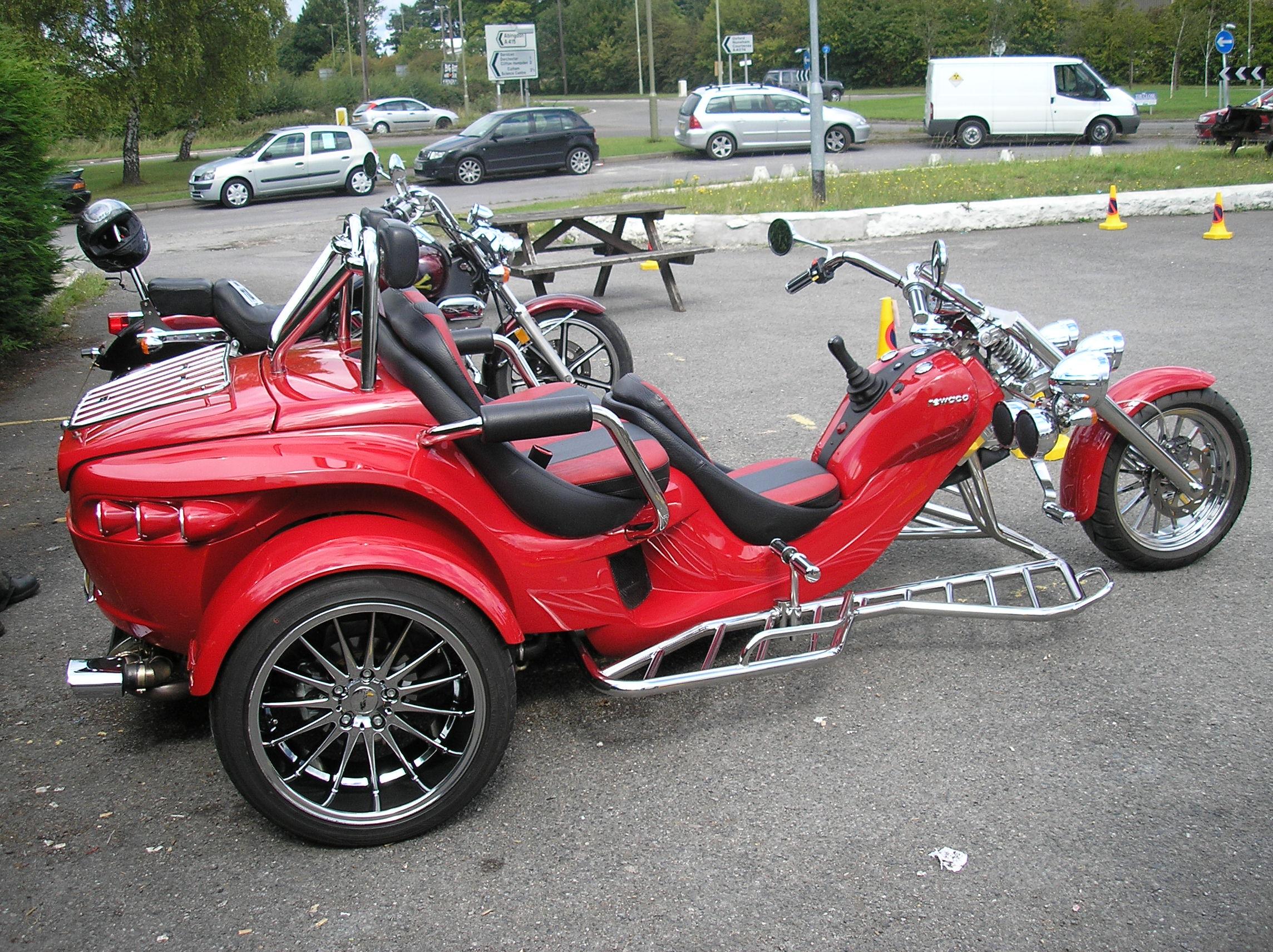 Vw Trike also Pool 814227 n23 kenjonbro further Beaulieu Hosts Vw Santa Run as well 454441418627030325 likewise Custom Vw Trikes For Sale. on custom car engined trikes